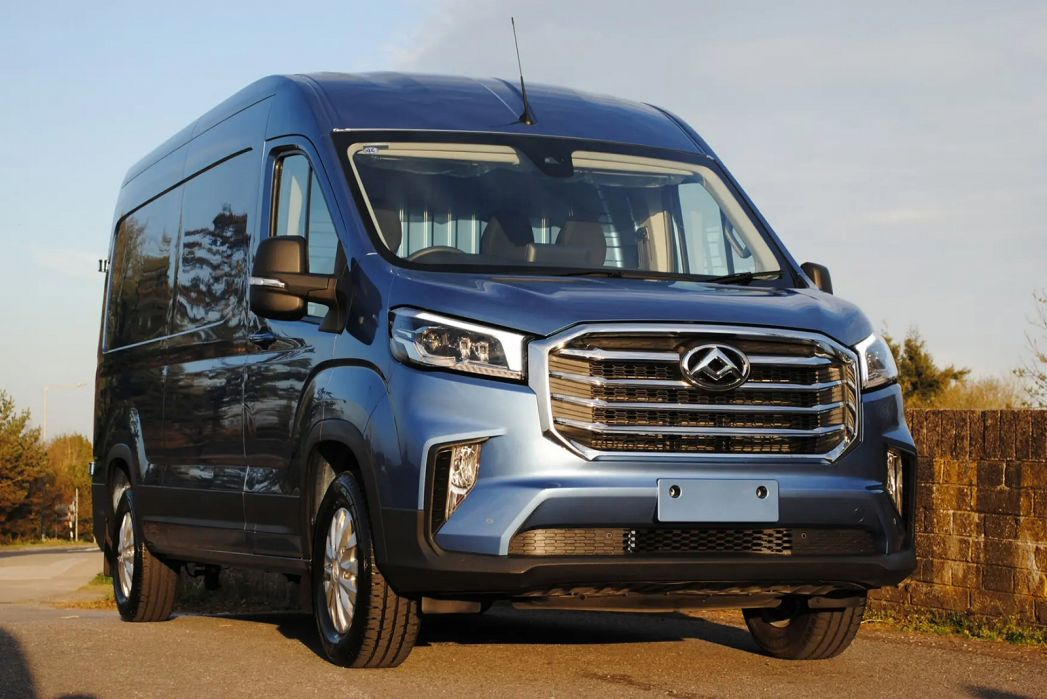 Image 3: Maxus Deliver 9 MWB Diesel RWD 2.0 D20 150 Chassis CAB