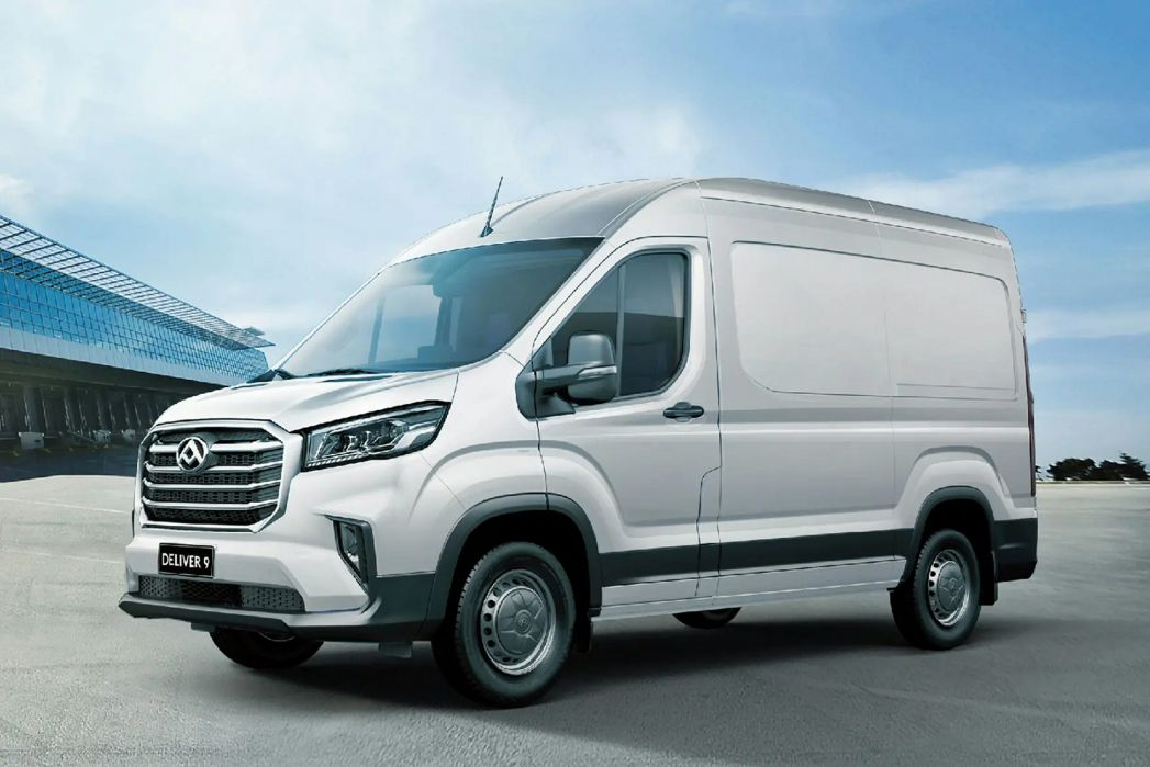 Image 5: Maxus Deliver 9 MWB Diesel RWD 2.0 D20 150 Chassis CAB