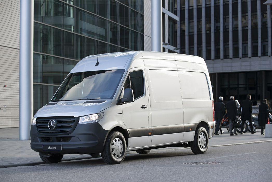 Image 5: Mercedes-Benz Sprinter 214CDI L1 Diesel FWD 3.0T H1 Pure VAN