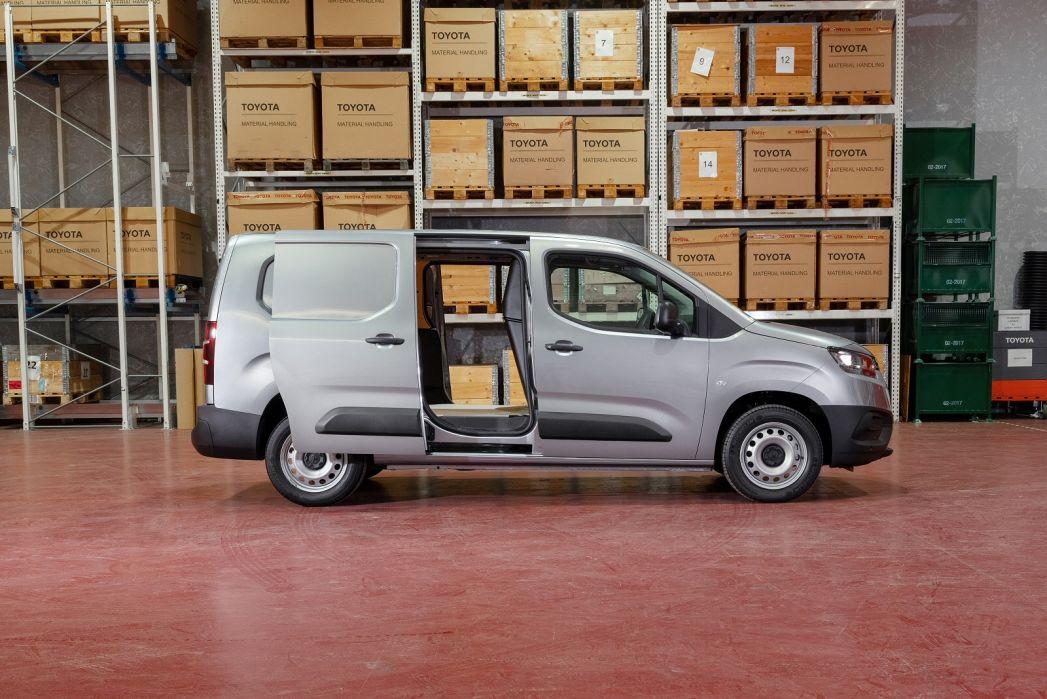 Image 4: Toyota Proace Compact Diesel 1.5D 100 Active VAN