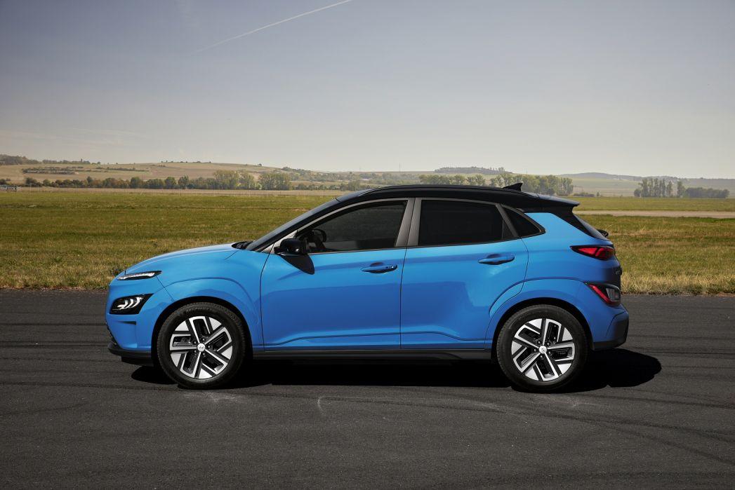 Image 6: Hyundai Kona Electric Hatchback 150KW Premium 64KWH 5dr Auto [10.5KW Charger]