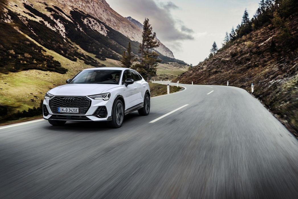 Image 4: Audi Q3 Diesel Sportback 35 TDI S Line 5dr