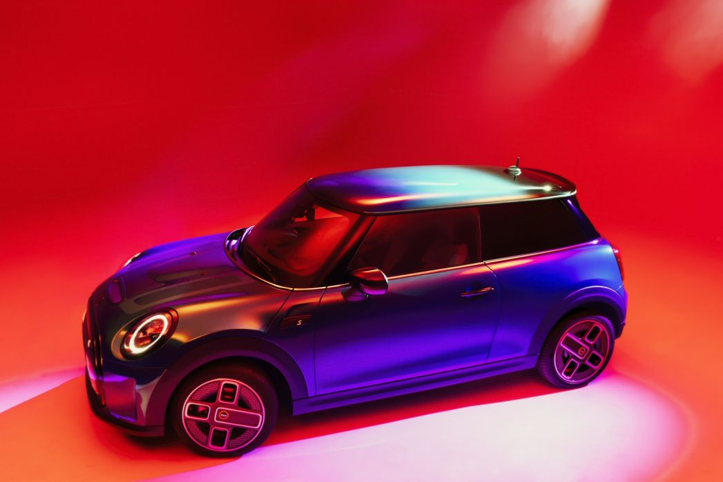 Image 2: Mini Electric Hatchback 135KW Cooper S Level 3 33KWH 3dr Auto