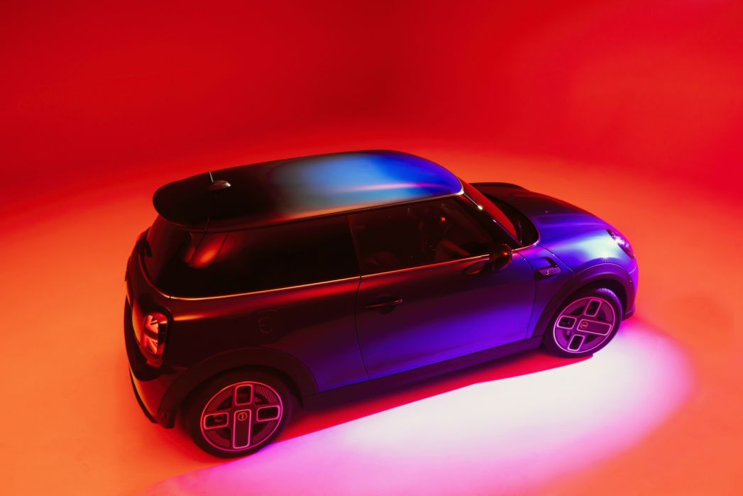Image 3: Mini Electric Hatchback 135KW Cooper S Level 3 33KWH 3dr Auto