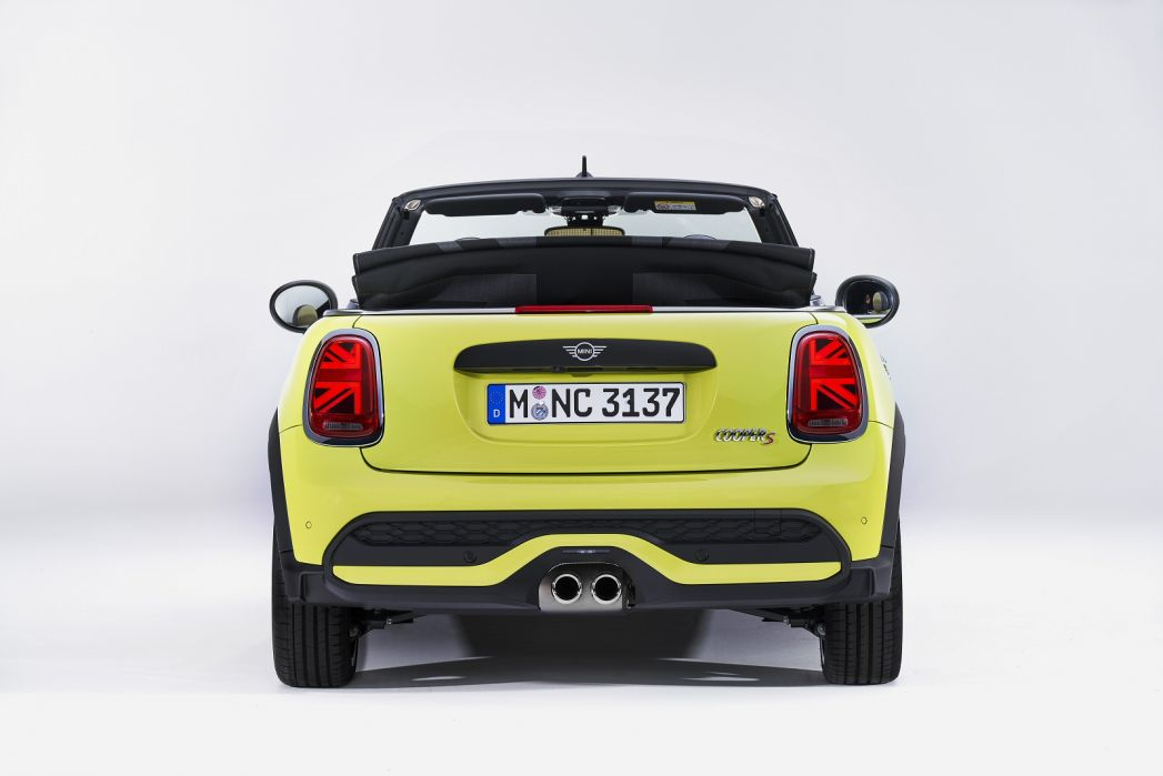 Image 6: Mini Convertible 2.0 Cooper S Classic 2dr Auto [comfort Pack]