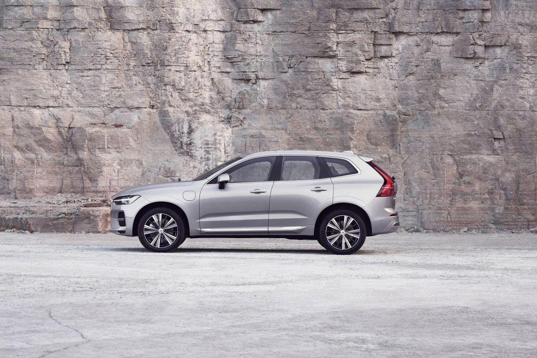 Image 4: Volvo XC60 Estate 2.0 B5P [250] Momentum 5dr Geartronic