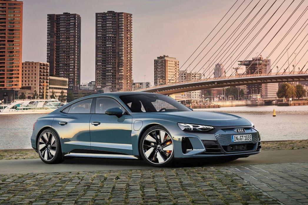 Video Review: Audi E-Tron GT Saloon 390KW Quattro 93KWH 4dr Auto