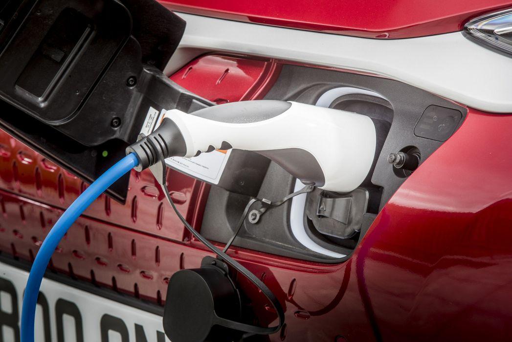 Image 6: Hyundai Kona Electric Hatchback 150KW Premium 64KWH 5dr Auto