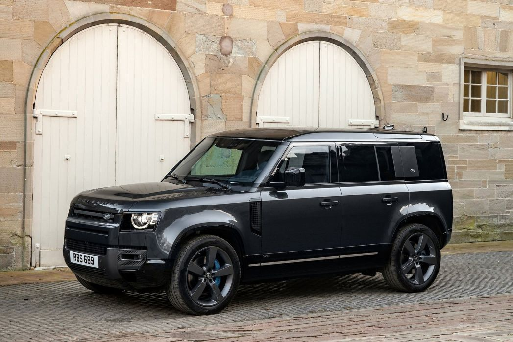 Image 2: Land Rover Defender Estate Special Editions 3.0 D250 XS Edition 90 3dr Auto
