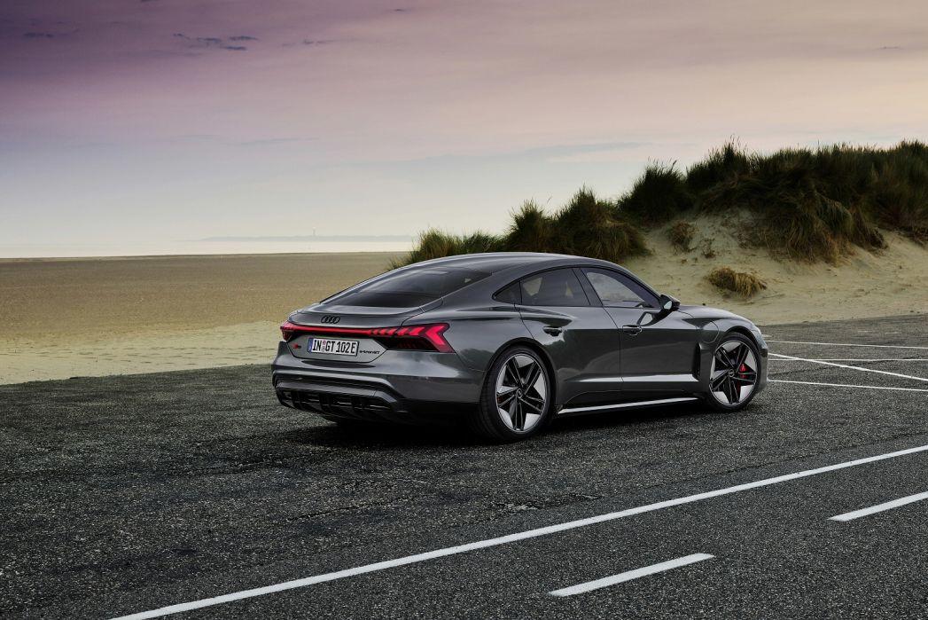 Image 4: Audi RS E-Tron GT Saloon 475KW Quattro 93KWH Carbon Vorsprung 4dr Auto