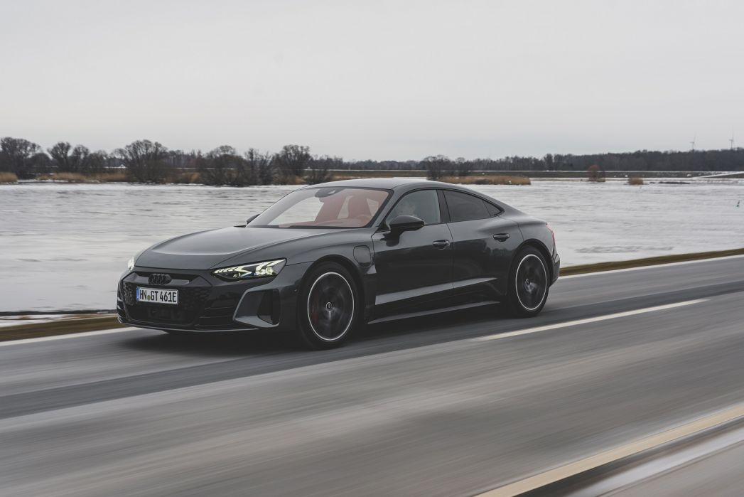 Image 6: Audi RS E-Tron GT Saloon 475KW Quattro 93KWH Carbon Vorsprung 4dr Auto