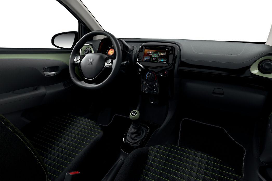 Image 2: Peugeot 108 Hatchback 1.0 72 Collection 5dr