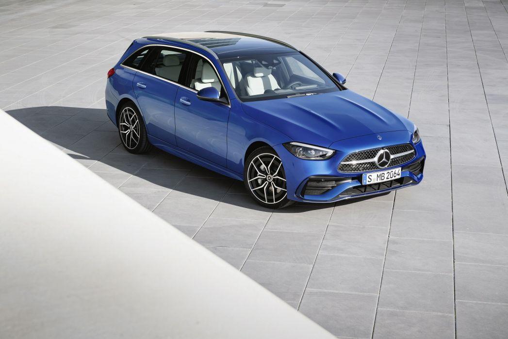 Image 1: Mercedes-Benz C Class Estate Special Editions C300e AMG Line Night ED Premium Plus 5dr 9G-Tronic
