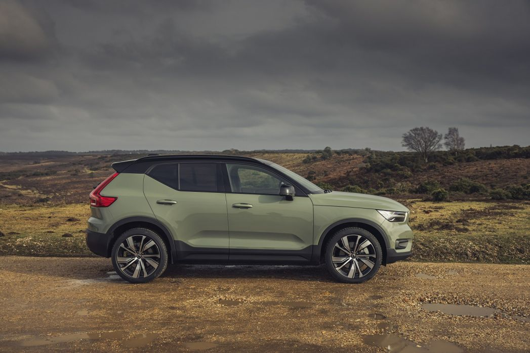 Image 2: Volvo XC40 Electric Estate 300KW Recharge Twin 78KWH 5dr AWD Auto