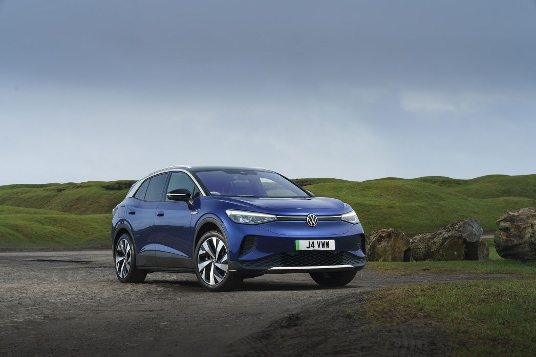 Image 1: Volkswagen ID.4 Electric Estate 150KW Life PRO Performance 77KWH 5dr Auto