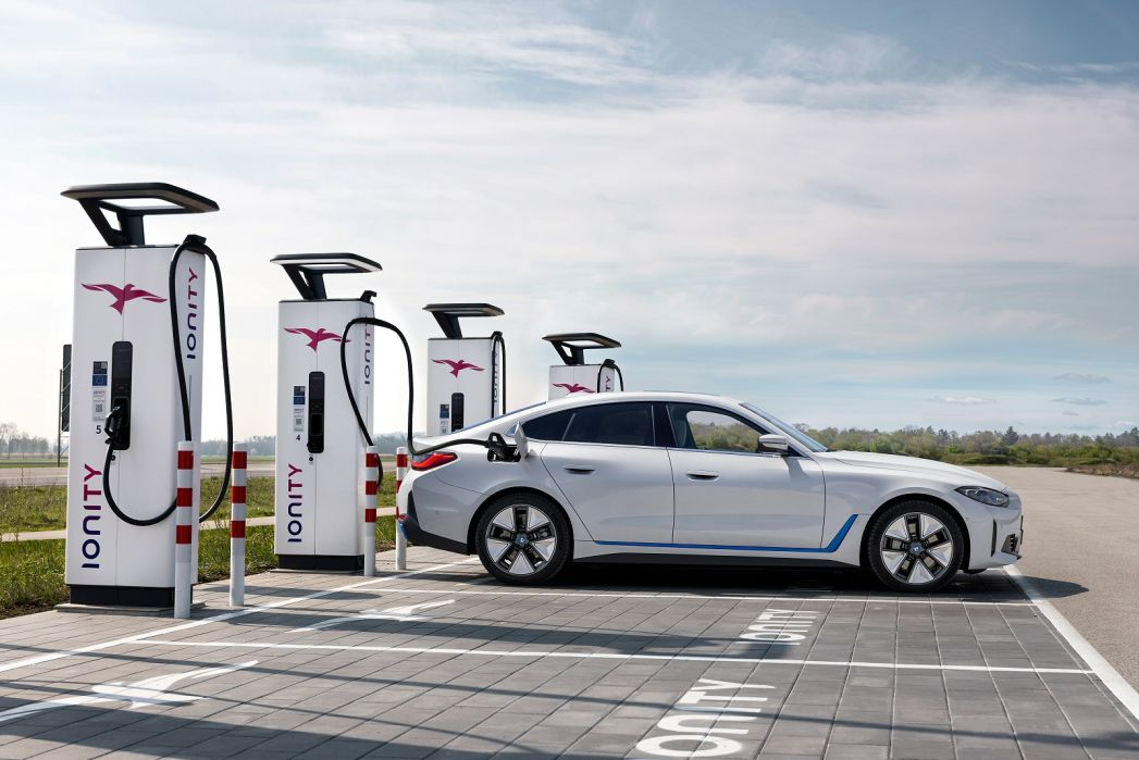 Image 3: BMW I4 Gran Coupe 250KW Edrive40 M Sport 83.9KWH 5dr Auto