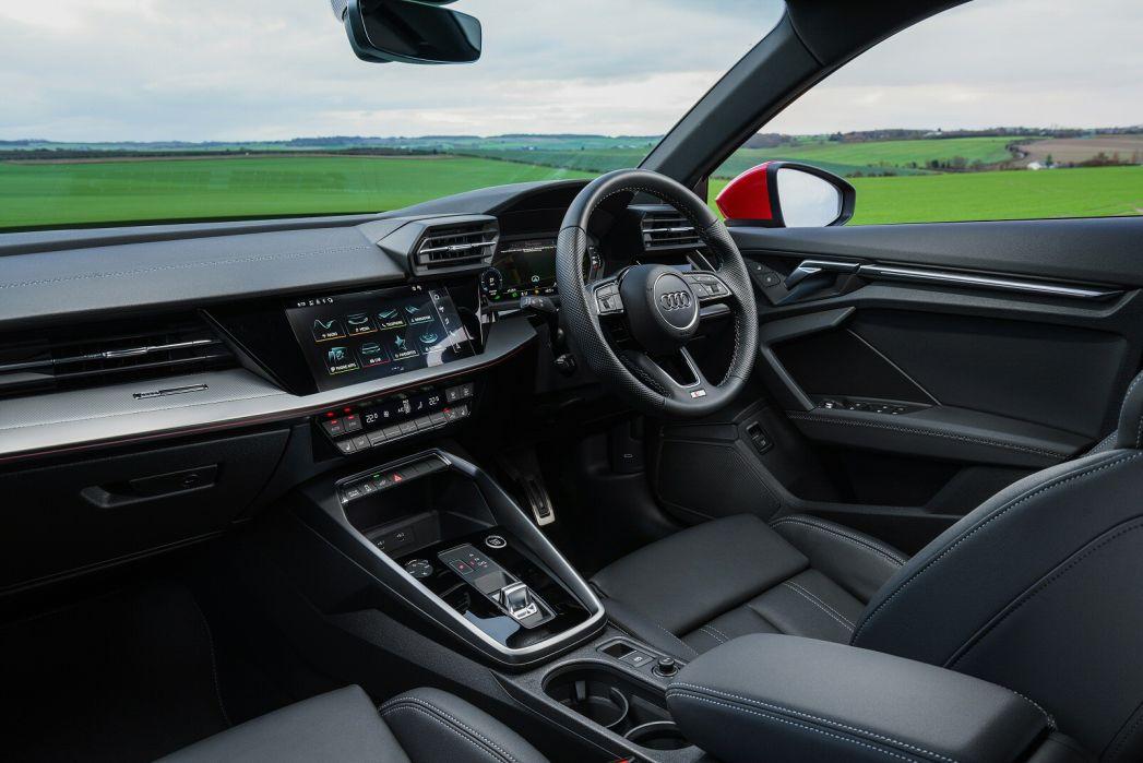 Image 4: Audi A3 Sportback 40 Tfsi E S Line 5dr S Tronic