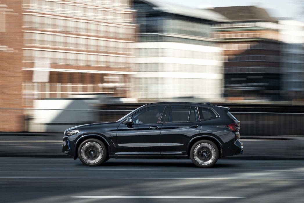 Image 5: BMW IX3-E Electric Estate 210KW M Sport PRO 80KWH 5dr Auto