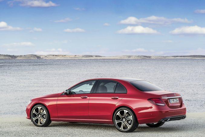 Image 3: Mercedes-Benz E Class Diesel Saloon E220d SE 4dr 9G-Tronic
