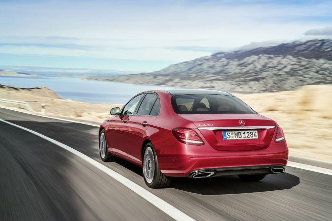 Image 5: Mercedes-Benz E Class Diesel Saloon E220d SE 4dr 9G-Tronic