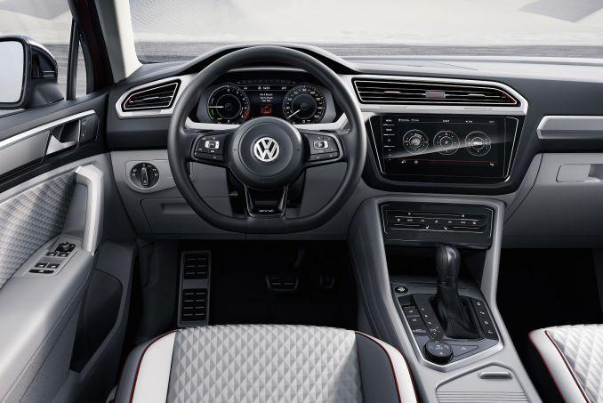 Image 2: Volkswagen Tiguan Diesel Estate 2.0 TDI 150 SEL 5dr