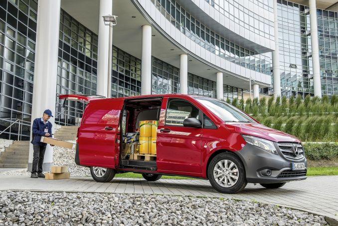 Image 3: Mercedes-Benz Vito L2 Diesel RWD 114CDI Premium VAN