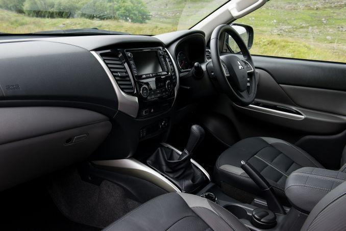 Image 4: Mitsubishi L200 Diesel Double CAB DI-D 178 Barbarian 4WD