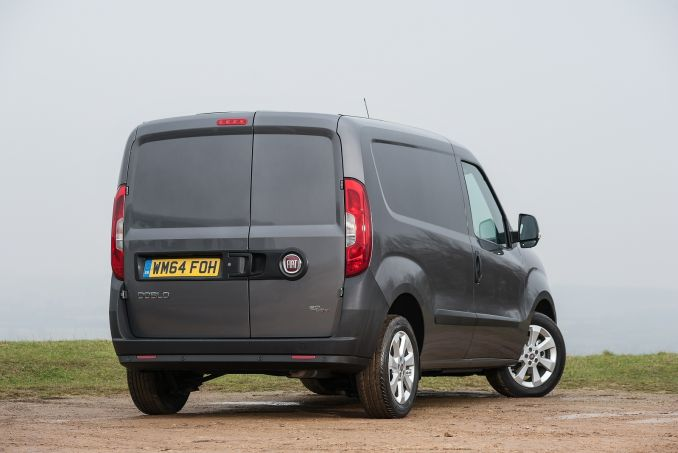 Image 3: Fiat Doblo Cargo L2 Diesel 1.6 Multijet 16V Work UP Dropside Start Stop