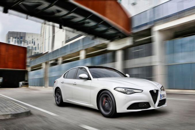 Image 4: Alfa Romeo Giulia Saloon 2.9 V6 Biturbo Quadrifoglio 4dr Auto