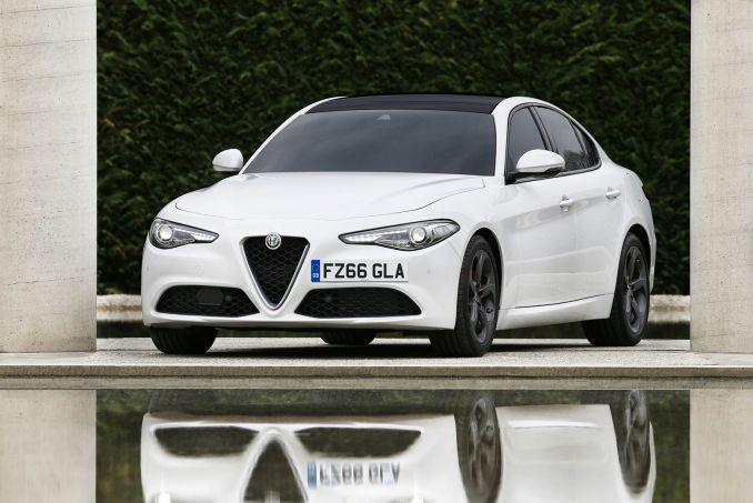 Image 1: Alfa Romeo Giulia Saloon 2.9 V6 Biturbo Quadrifoglio 4dr Auto