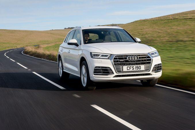 Image 3: Audi Q5 Diesel Estate 40 TDI Quattro S Line 5dr S Tronic [tech Pack]