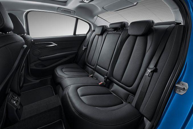Image 3: BMW 1 Series Hatchback 118I [1.5] Sport 5dr [NAV/servotronic] Step Auto