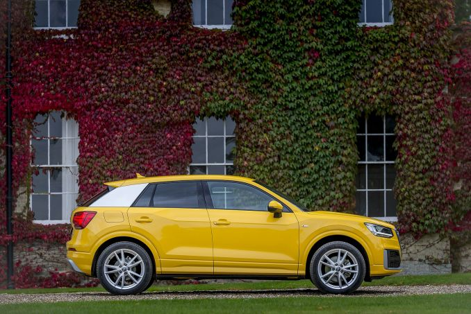 Video Review: Audi Q2 Diesel Estate 30 TDI Black Edition 5dr [tech Pack]