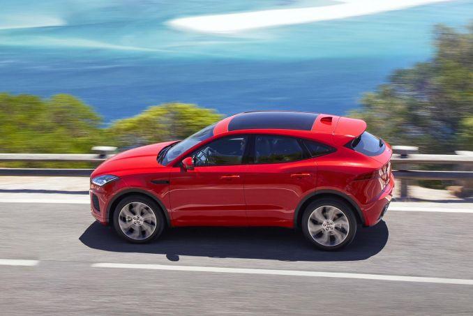 Image 3: Jaguar E-Pace Diesel Estate 2.0D R-Dynamic 5dr 2WD