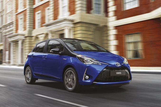 Image 3: Toyota Yaris Hatchback 1.5 Hybrid Active 5dr CVT