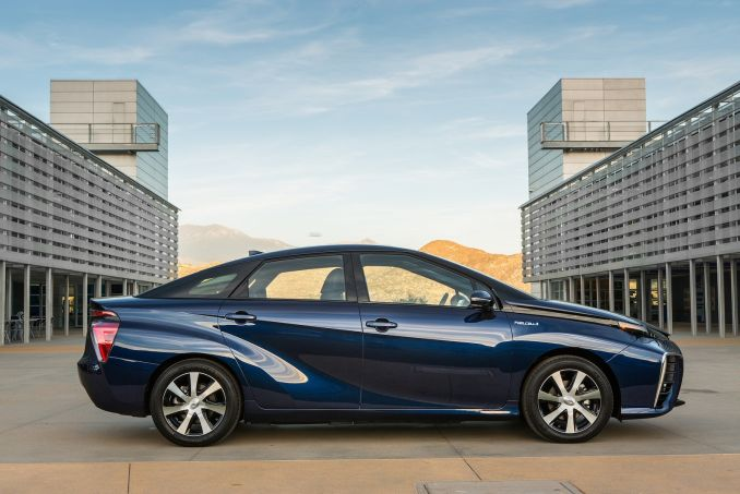 Image 2: Toyota Mirai Saloon Hydrogen Fuel Cell 4dr CVT