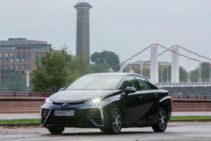 Image 5: Toyota Mirai Saloon Hydrogen Fuel Cell 4dr CVT
