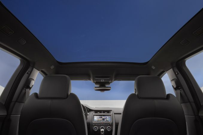 Image 5: Jaguar E-Pace Diesel Estate 2.0D 5dr 2WD