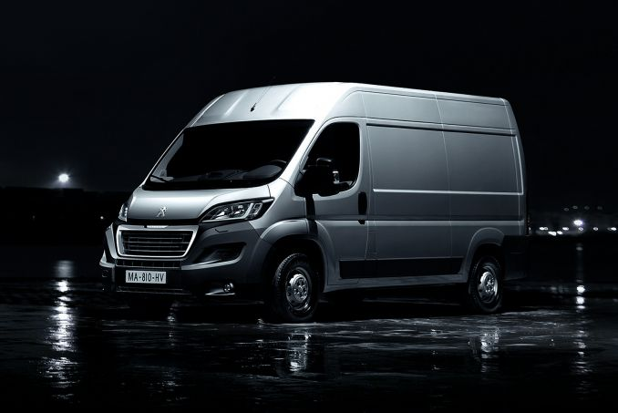 Image 2: Peugeot Boxer 335 L4 Diesel 2.0 Bluehdi BOX VAN 160PS Plus