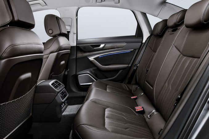 Image 3: Audi A6 Diesel Saloon 40 TDI S Line 4dr S Tronic