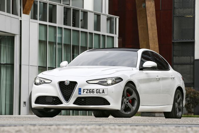Image 6: Alfa Romeo Giulia Saloon 2.0 TB Super 4dr Auto