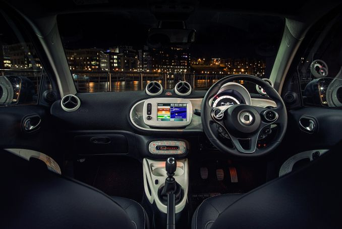 Image 3: Smart Fortwo Electric Coupe 60KW EQ Prime Premium 17KWH 2dr Auto [22kwch]