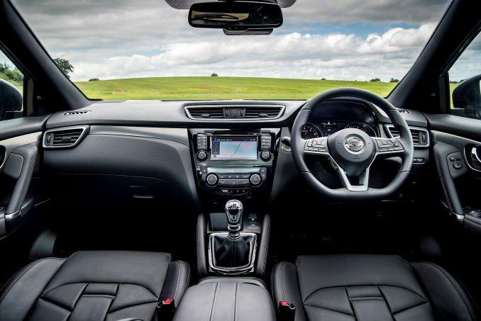 Image 3: Nissan Qashqai Hatchback 1.3 DIG-T Visia 5dr [smart Vision Pack]