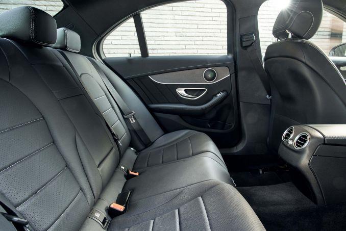 Image 4: Mercedes-Benz C Class Estate C200 4matic AMG Line Edition 5dr 9G-Tronic