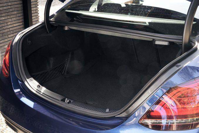 Image 5: Mercedes-Benz C Class Diesel Saloon C300de Sport Edition 4dr 9G-Tronic