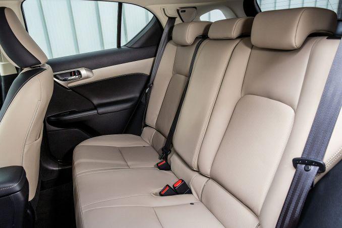 Image 5: Lexus CT Hatchback 200H 1.8 5dr CVT