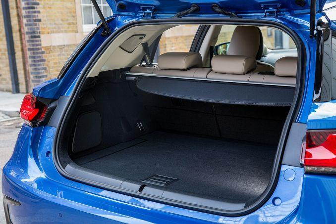 Image 4: Lexus CT Hatchback 200H 1.8 5dr CVT
