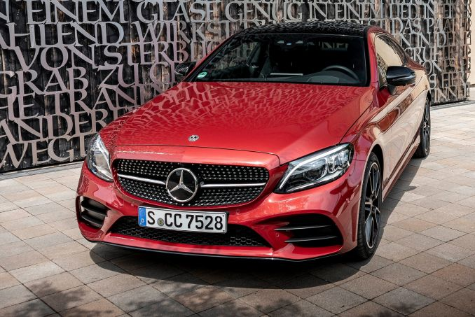Video Review: Mercedes-Benz C Class Diesel Coupe C220d AMG Line Premium 2dr 9G-Tronic