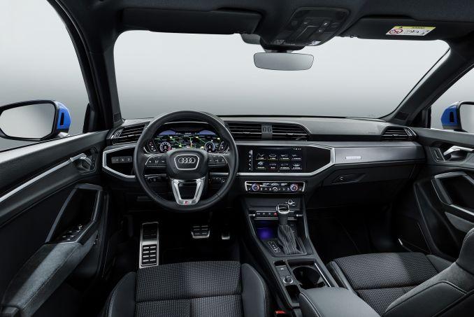 Image 3: Audi Q3 Estate 35 Tfsi Sport 5dr