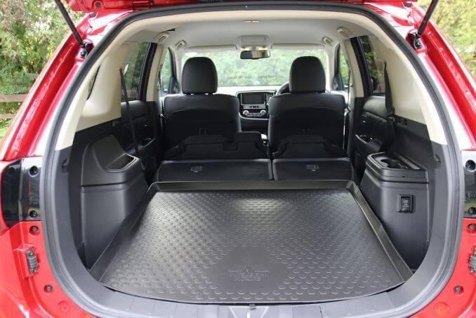 Image 6: Mitsubishi Outlander Estate 2.4 Phev 4H 5dr Auto